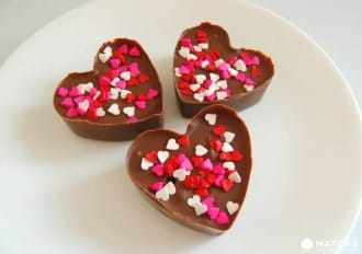 <div class='captionBox title'>Impress Your Loved One With Homemade Chocolate This Valentine's Day</div>