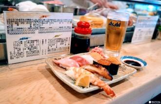 <div class='captionBox title'>地元の人とふれあいながら、本格寿司に舌鼓。大阪「亀すし」</div>