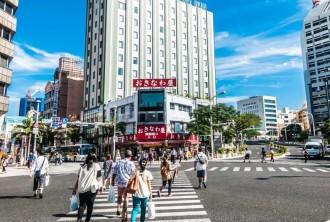 <div class='captionBox title'>瘋吃瘋買盡在沖繩!一日購物美食行程</div>