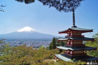 <div class='captionBox title'>最能代表日本的富士山絕景|富士山與新倉山淺間五重塔的協奏曲</div>