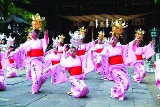 <div class='captionBox title'>『熊本』閃耀夏夜的盛大祭典!山鹿燈籠祭</div>