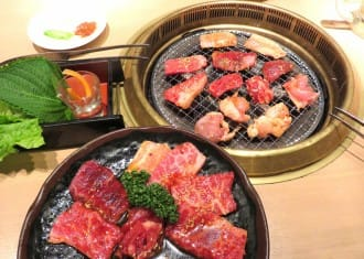 <div class='captionBox title'>Eat Japanese Beef Here! 5 Great Wagyu Restaurants In Tokyo</div>