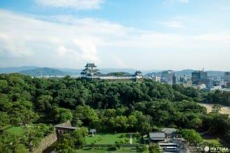 <div class='captionBox title'>景色と歴史を楽しむ、和歌山城の散策ポイント6選</div>