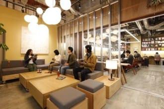 <div class='captionBox title'>給文青的北海道住宿提案!札幌蔦屋TSUTAYA飯店</div>