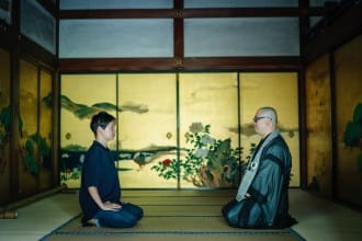 <div class='captionBox title'>京都「春光院」——聆聽佛理接受心靈的療愈</div>