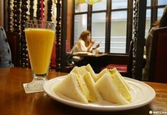 <div class='captionBox title'>【大阪】來一杯大阪人的國民飲料吧!日本綜合果汁發源地「千成屋珈琲」</div>