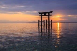 <div class='captionBox title'>距離大阪和京都超近的滋賀景點・祭典和美食大集合</div>
