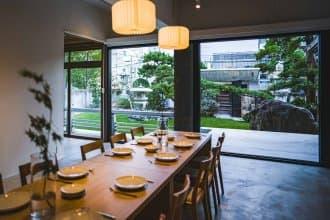 <div class='captionBox title'>只有香川才有的住宿體驗就在這!來到整棟出租式的城宿「穴吹邸」度過美好時光</div>