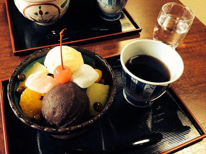 Kehangatan dalam 3 Rekomendasi Kafe Rumah Antik di Kamakura