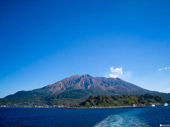 鹿児島の完全ガイド。移動手段、自然豊かなスポット、買い物スポット、グルメ情報などまとめ