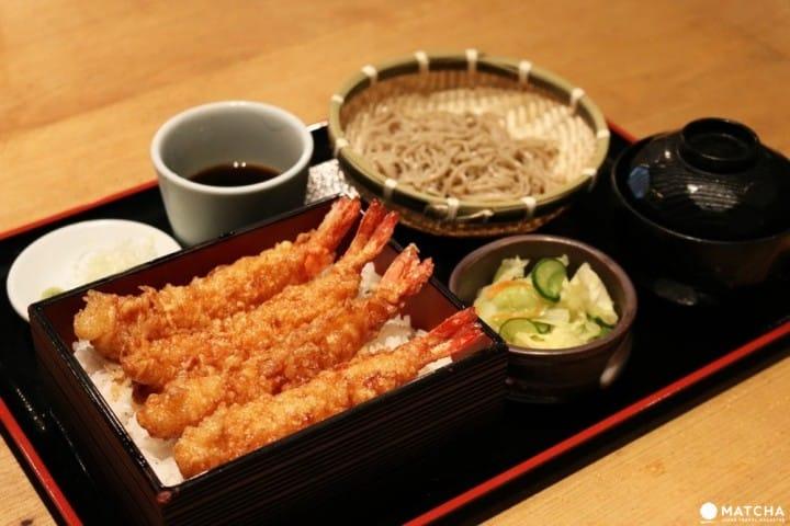 รวมวิธีการทานอาหารญี่ปุ่นที่ถูกต้อง (ซูชิ,เทมปุระ,โซบะ,อุด้ง,ทสึเคเมน,ยากิโทริ,สุกี้ยากี้,ทงคัตสึ,นัตโต)