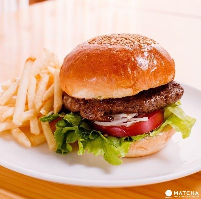 Makanan Cepat Saji di Jepang, dari MOS Burger sampai Yoshinoya!