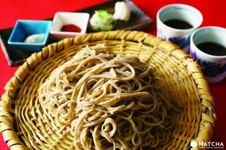 อาหารเส้นญี่ปุ่น! การกินและความแตกต่างระหว่างโซบะและอุด้ง
