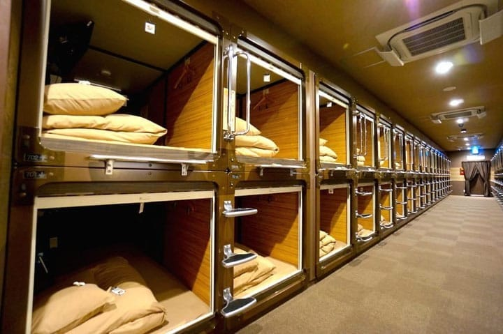 Stay at a japanese capsule hotel for a low price matcha for Design hotel japan