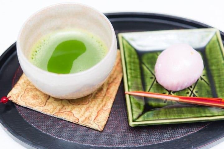 Những loại bánh truyền thống của Nhật ~ Monaka, Yatsuhashi, Uiro, Dango, Kinbatsu, Manju~