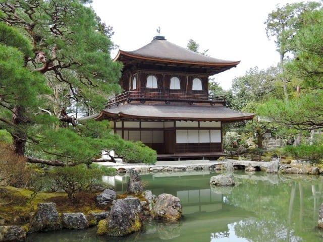 京都観光100%ガイド!名所39選&交通・ホテル・お土産・気候などお得情報まとめ