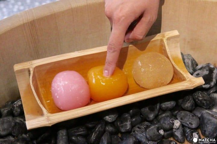 【아사쿠사】말랑말랑한 감촉이 신선한「곤약샤본(蒟蒻しゃぼん)」의  자연산 미용제품