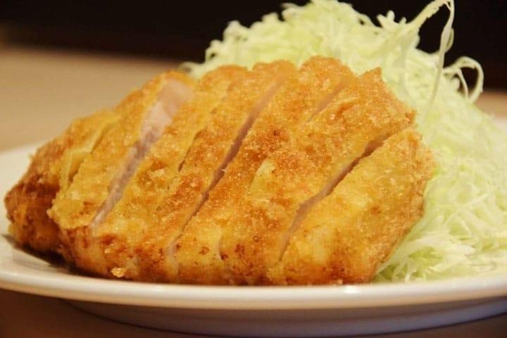 日本に来たら絶対に食べたい!「とんかつ・カツカレー・カツ丼」とは