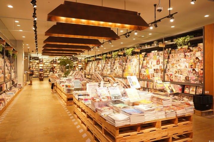 日本最大的二手書店就在福岡!「蔦屋書店 GARAGE福岡志免」