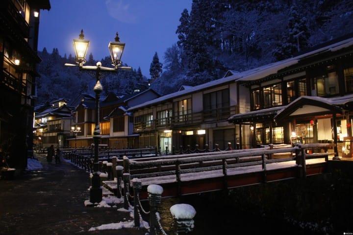 日本冬旅泡汤宝典:10大人气温泉排行榜(上)