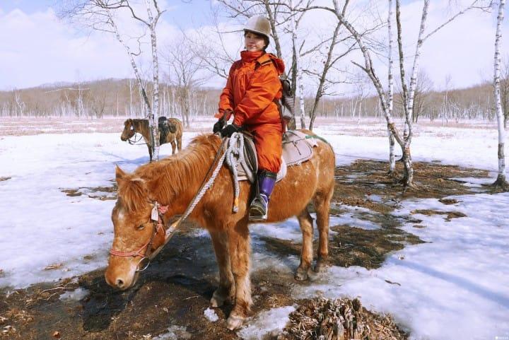 北海道才能体验!在钏路湿原尝试雪地骑马