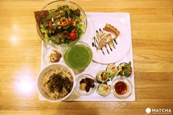 Natural & Raw Food LOHAS - Enjoy Sapporo's Local Vegetarian Cuisine!