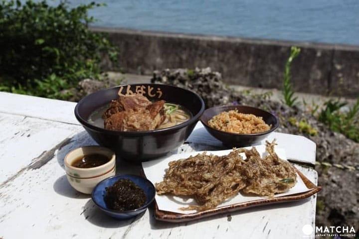 "Indahnya Pemandangan Laut dan Okinawa Soba yang Terkenal dari ""Kunnatō"""