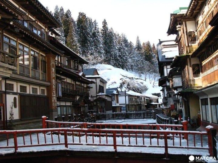 雪白的日式童话王国:寒流时就去银山温泉避寒