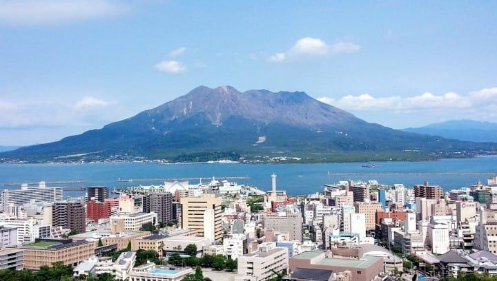 東京、大阪など日本の主要観光地から鹿児島へのアクセス方法