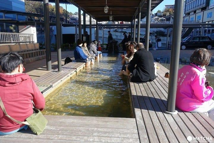 Wisata Sehari di Resort Pemandian Air Panas Atami dari Tokyo