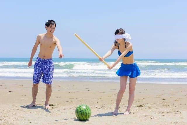 暑い夏は、日本の海で海水浴を楽しもう! (海のルール・海開き・持ち物・アクティビティなど)