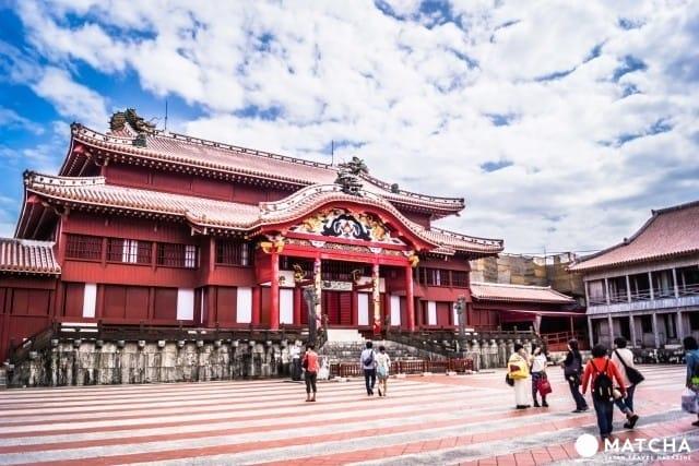 รู้ไว้ก่อนไปเที่ยวโอกินาว่า! สภาพอากาศและเสื้อผ้าเครื่องแต่งกายที่เหมาะสมแต่ละฤดูกาล (Okinawa)