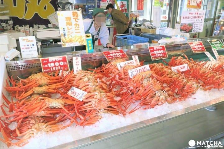 """5 สิ่งที่ควรทำใน """"เมืองนีงาตะ"""" แหล่งอาหารทะเลและประวัติศาสตร์การขนส่งทางทะเล"""