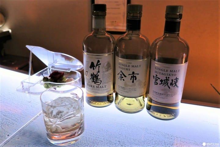 新宿黃金街的酒吧「comorebi –saudade」來喝杯日本威士忌吧!