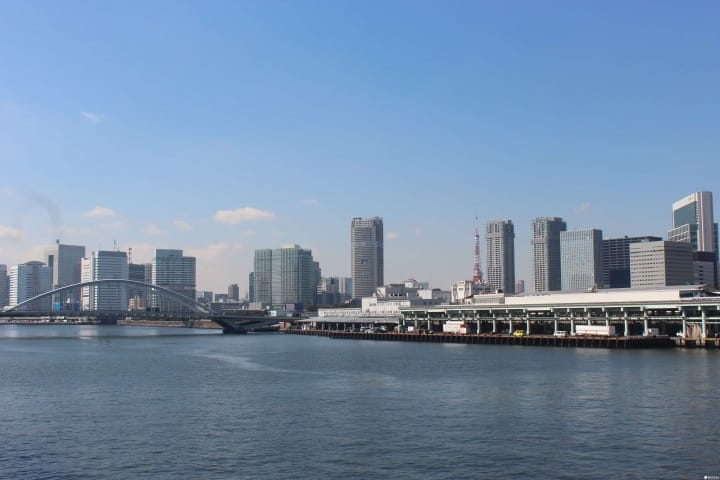 Stroll Through Tsukiji, Kachidoki And Tsukishima Along The Sumida River!