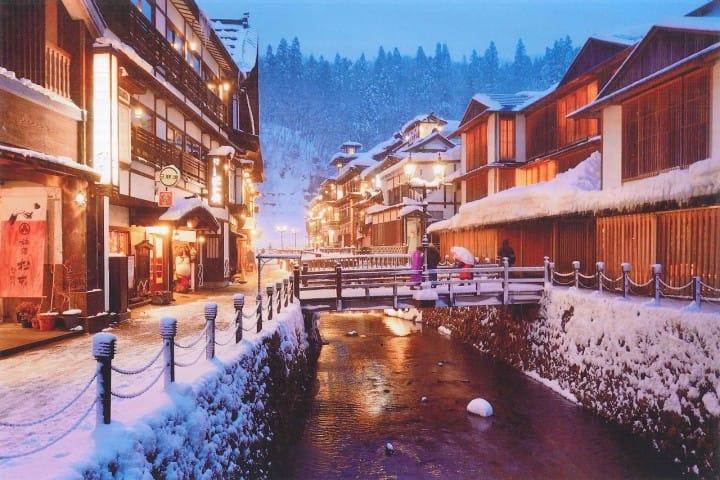 【山形県】古き良き日本の温泉街を楽しめる銀山温泉~アクセス、日帰り温泉、旅館情報など~