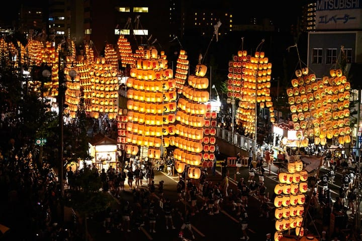 Akita Kanto Festival - Spectacular Night Sky With 10,000 Lanterns!