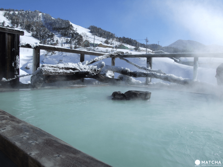 น้ำพุร้อนมังสะ จังหวัดกุนมะ〜แหล่งน้ำพุร้อนกำมะถันขึ้นชื่อกับธรรมชาติบนที่ราบสูง〜