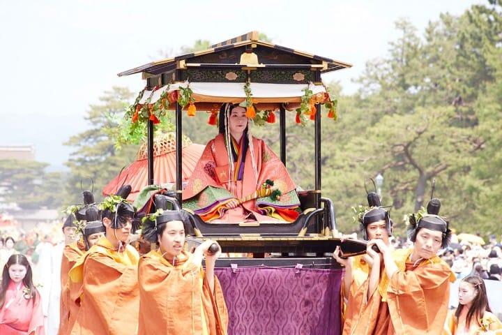 【京都・葵祭】1000年前の貴族文化が甦る初夏の祭り〜2018年の開催日・アクセスなど〜