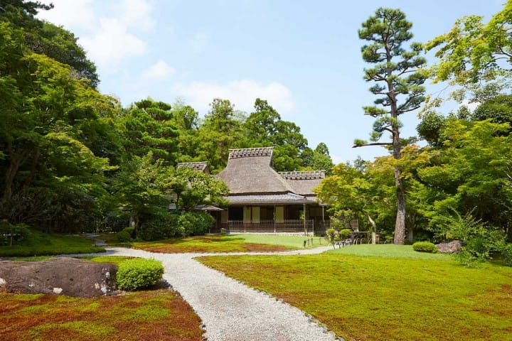Yoshikien Garden – A Green Oasis In The Heart Of Nara