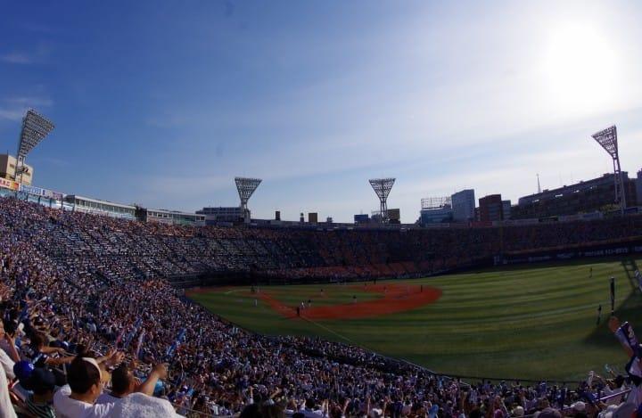 野球ファンは必見!日本の野球の楽しみ方とチケット購入法