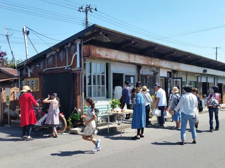 Niigata's Retro-Cute Nuttari Terrace Street: Charming Cafes And Shops