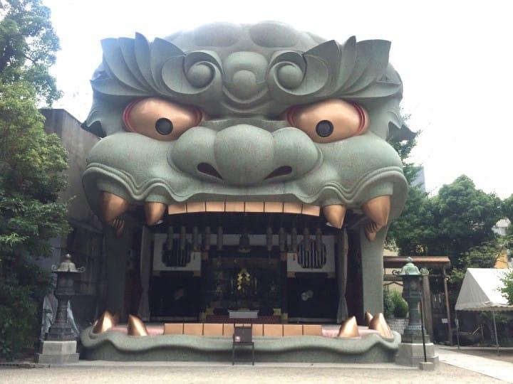 『大阪』难波八阪神社巨型狮子殿,吸厄运纳福气