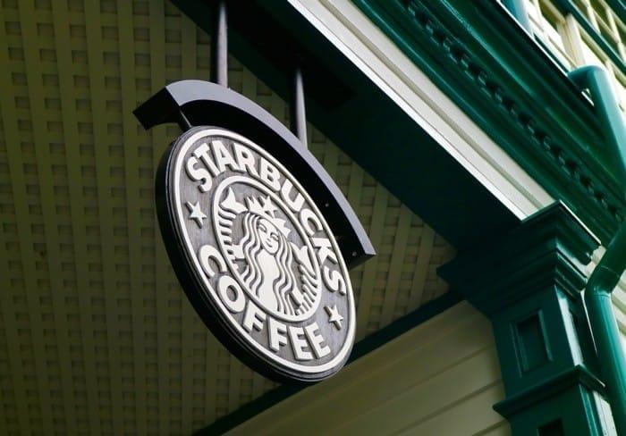 จิบกาแฟในบ้านเก่าสไตล์ยุโรป Starbucks สาขาโกเบ คิตาโนะ อิจินคัง (Kobe)