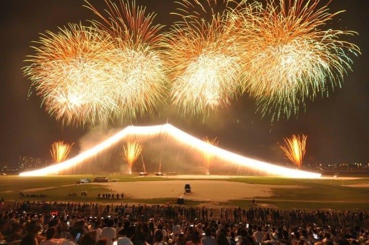 燃燒的富士山!在地人超推薦!2017年8月5日(六)東京江戶川花火大會登場!