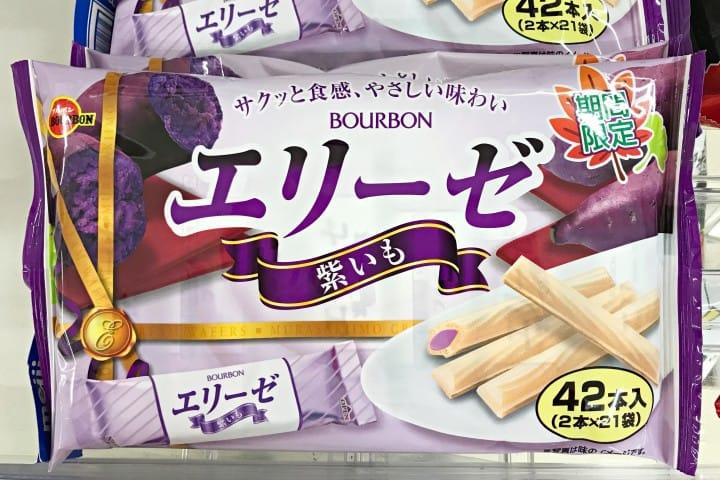 日本秋天超市便利商店地瓜餅乾