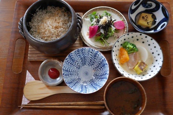 鎌倉土鍋釜飯