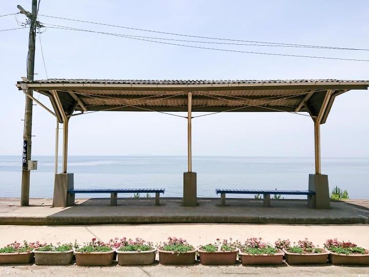 【愛媛】離海最近的車站,神隱少女場景都在這裡等你來朝聖!