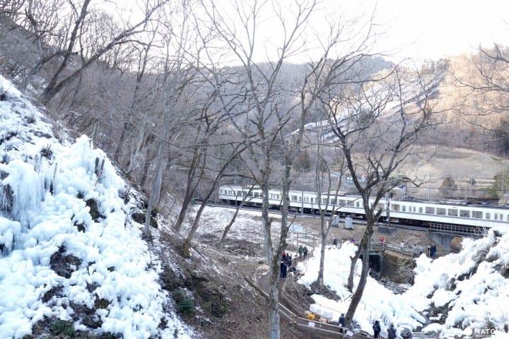 秩父西武鐵道蘆久保冰柱
