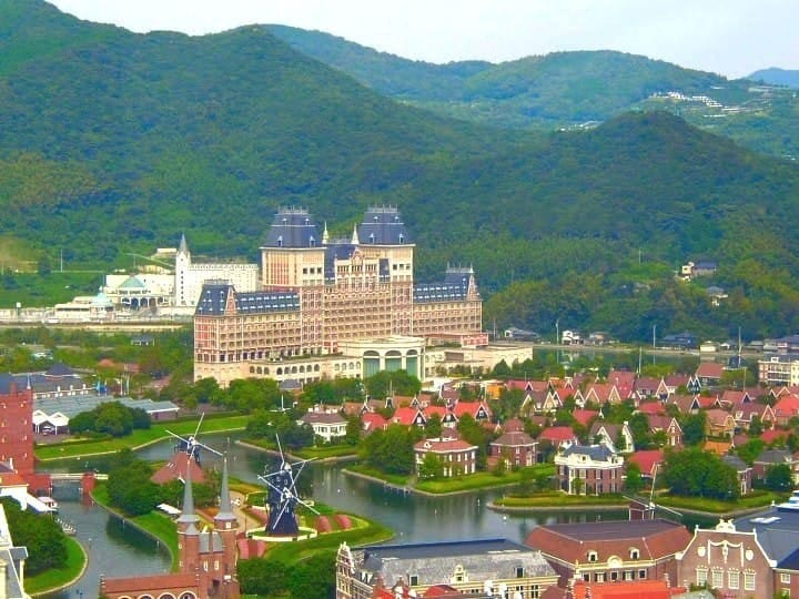 Nagasaki Guide: Places To Visit, Festivals, Dining and More!